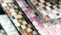 Укладка плитки мозаики