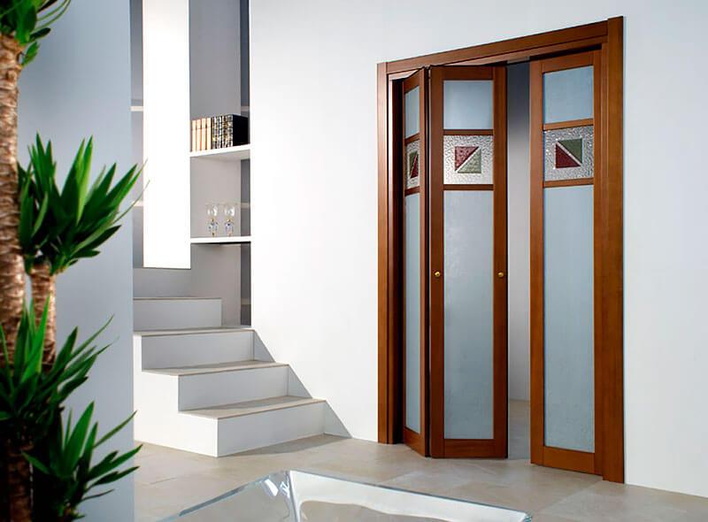 выбор складной межкомнатной двери