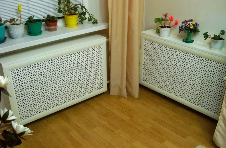 радиатор в декоративной коробке
